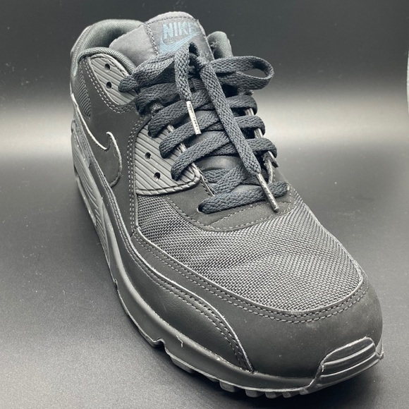 Nike Shoes   Nike Air Max 9 Essential